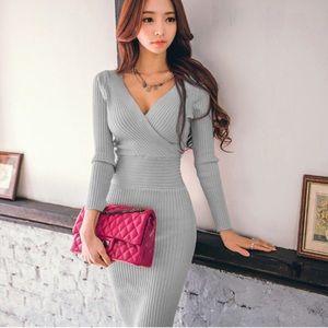 KNEE LENGTH GRAY COZY SWEATER DRESS